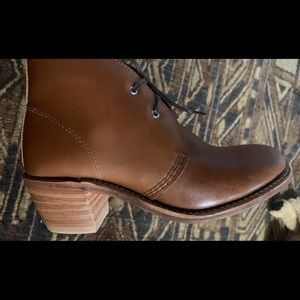Redwing woman's boots